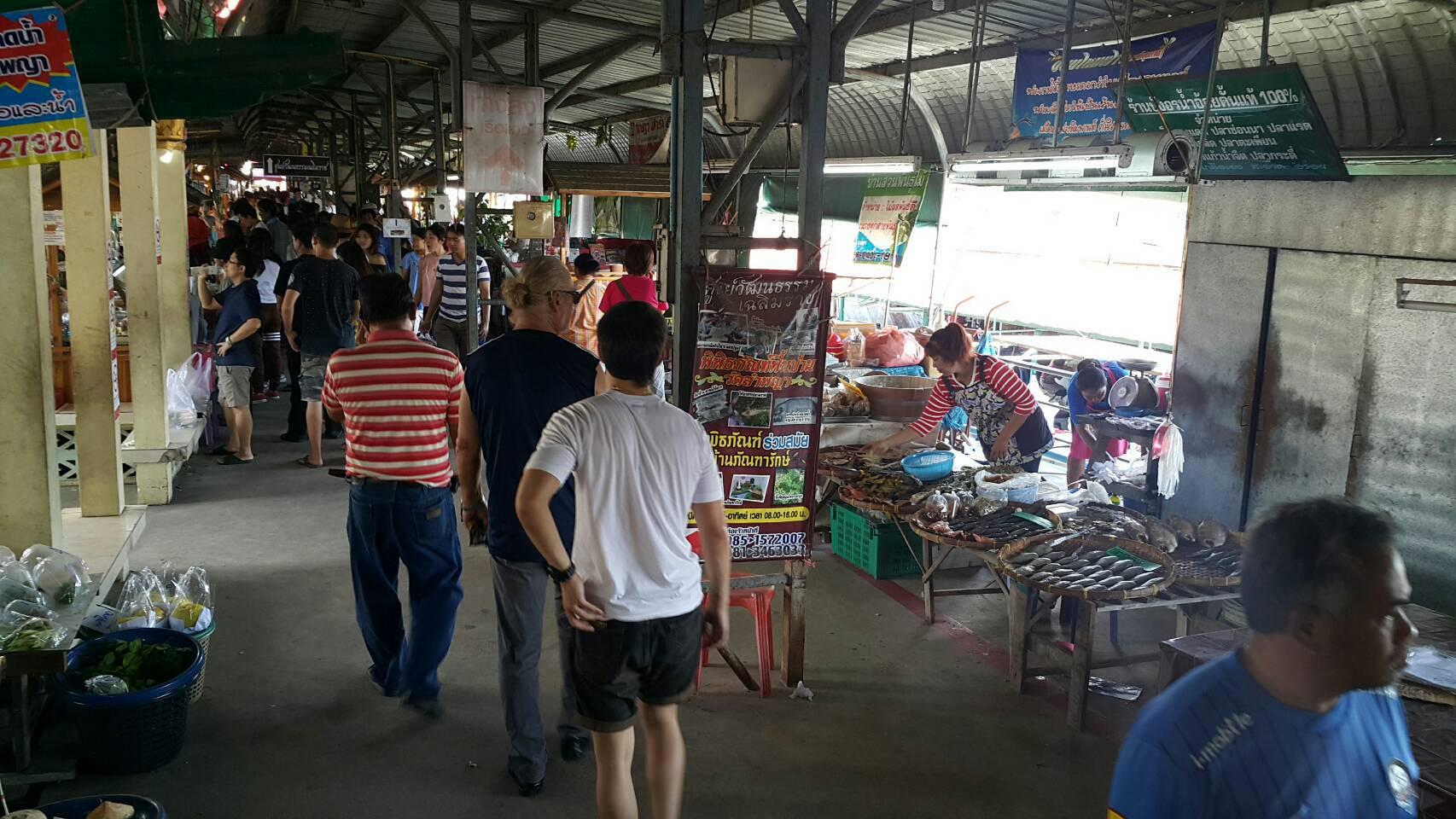 lumpaya floating market 3 picpop