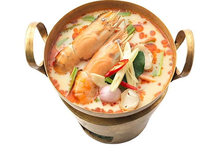 "CURRY AND SOUP ""Tom Yum Kung""... River Prawns in Spicy Lemongrass and Lime Soup - SiamBangkokMap"